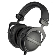 Beyerdynamic DT 770 Pro 32ohm LE Reference Headphones