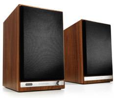 Audioengine HD6 Premium Powered Speakers Walnut